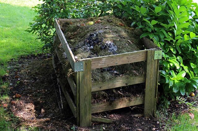 Make compost bin home