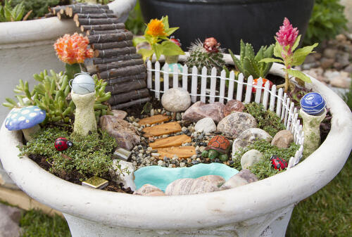 Miniature fairy gardens archives the edible terrace make your own miniature fairy garden the easy way solutioingenieria Images